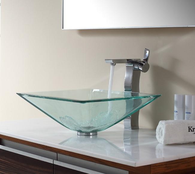 مغاسل زجاجية بأشكال مبتكرة