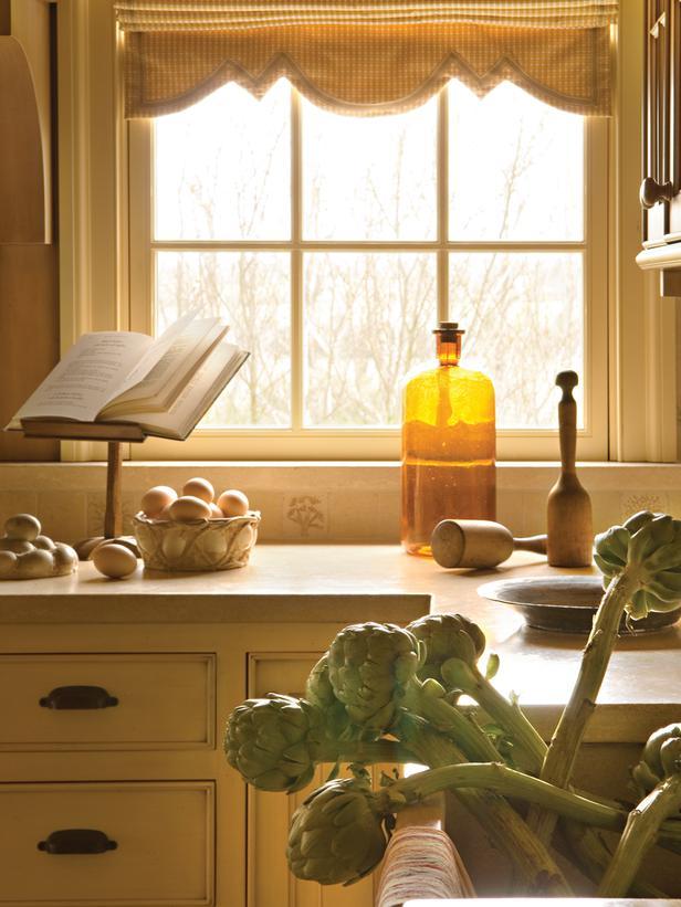 Ci barry dixon interiors pg183 kitchen cabinets window 3x4 for 2 x 3 window