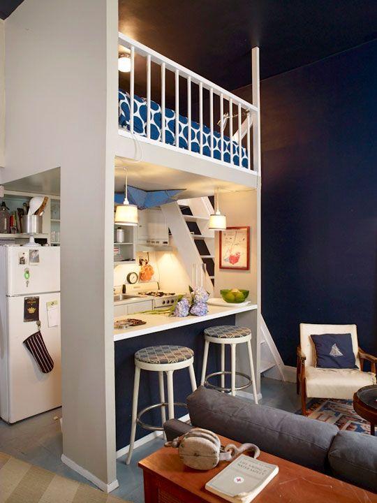 غرفة نوم فوق المطبخ