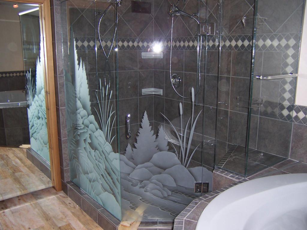 أجمل تصاميم شورات حمامات حديثة بأبواب زجاجية عرب ديكور
