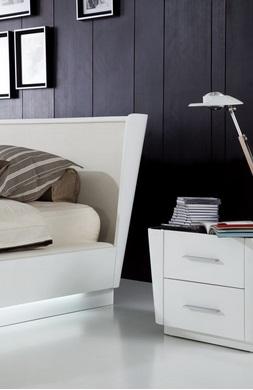 غرف نوم بيضاء حديثة88