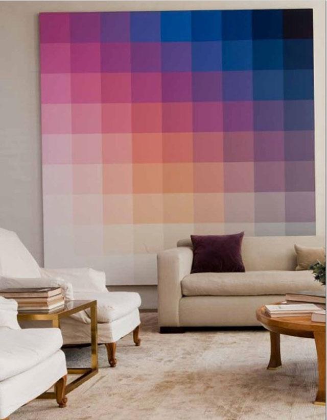 وضع لوحة ضخمة على حائط الغرفة تحوي تدرج الألوان