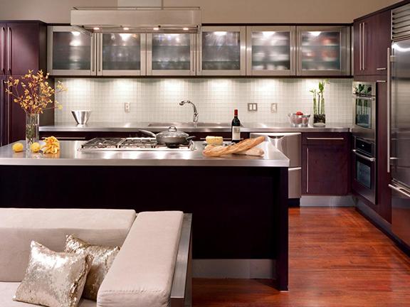 التصميم الداخلي للإضاءة في المطبخ