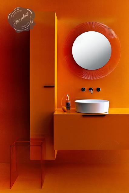 مرايات حمامات عصرية