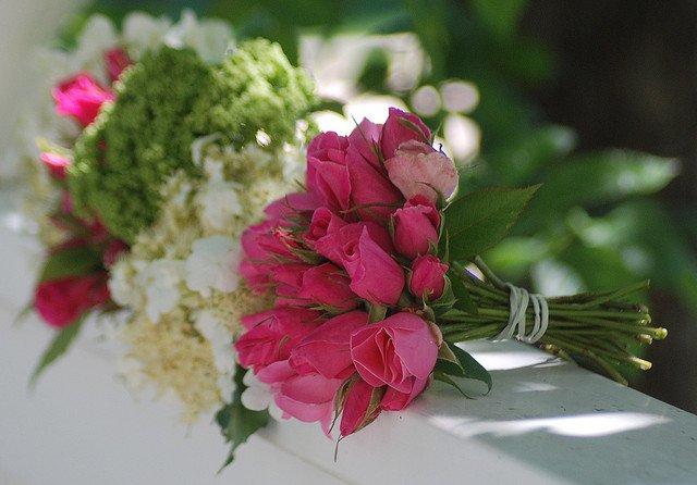 تشكيلة جميلة ومميزة ل انواع باقات ورد طبيعي عرب ديكور