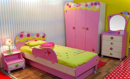 احدث ديكورات غرف نوم بنات زهري