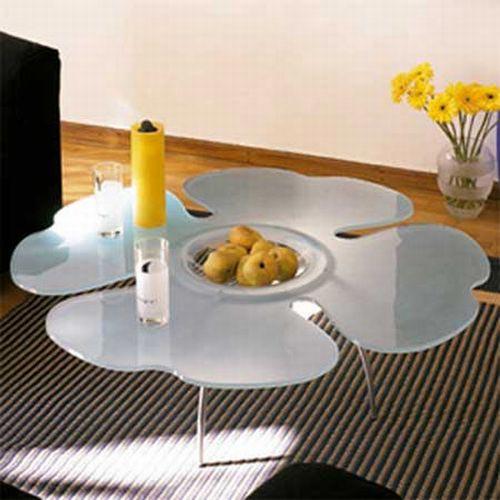 تصميم جميل وهادئ لطاولة القهوة