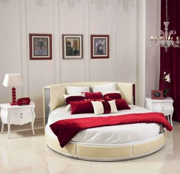 غرف نوم مودرن مع سرير دائري