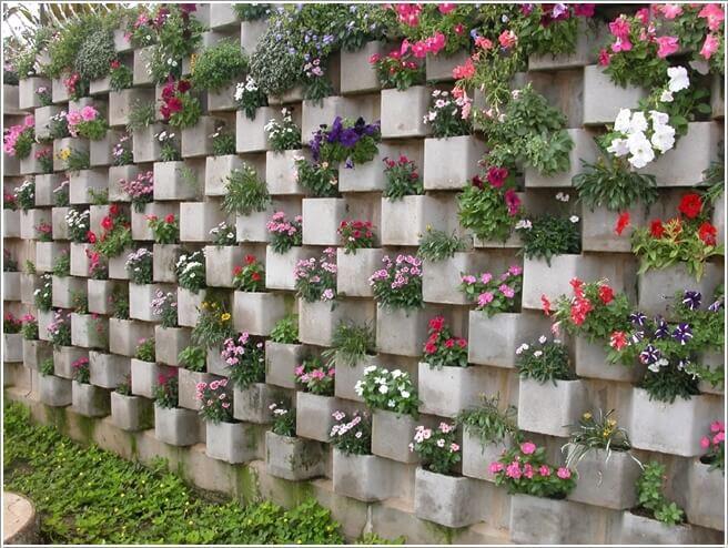بناء-جدار-من-الطوب