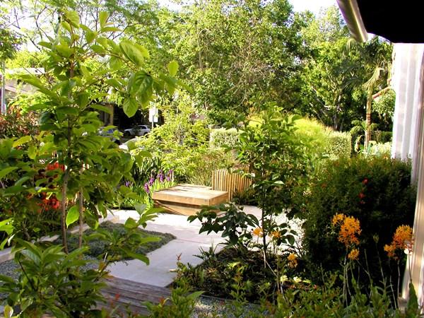تنسيق حديقة منزل صغيرة 3