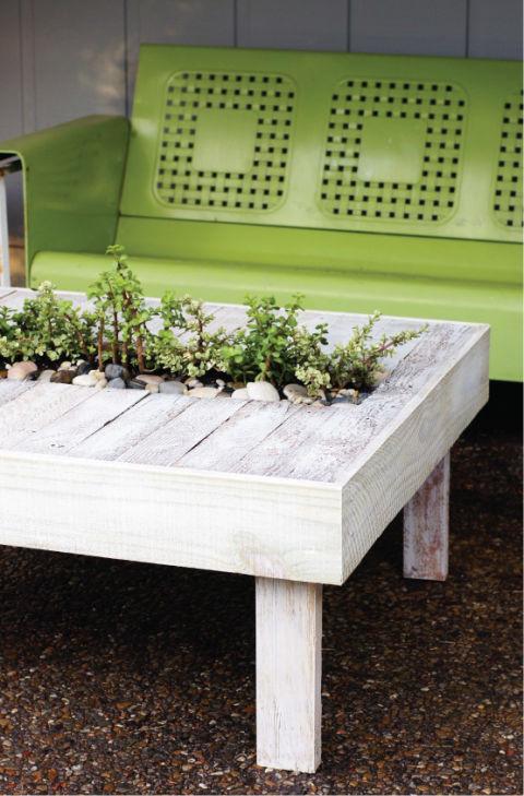 54ff5cff9b88d-planter-table-de