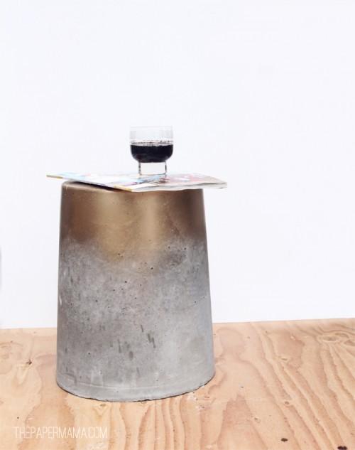 أفكار ديكور اسمنتي على شكل طاولة للحدائق