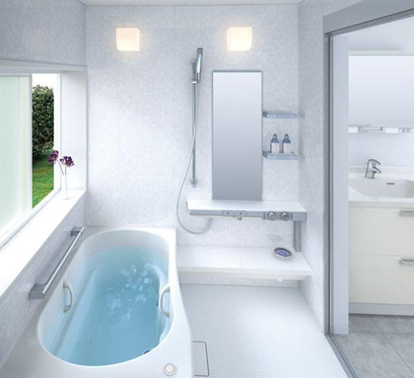 حمامات باللون الابيض انيقة
