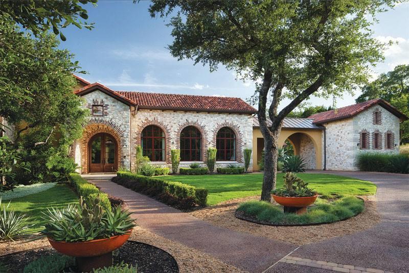 تصميم حدائق منزلية كبيرة