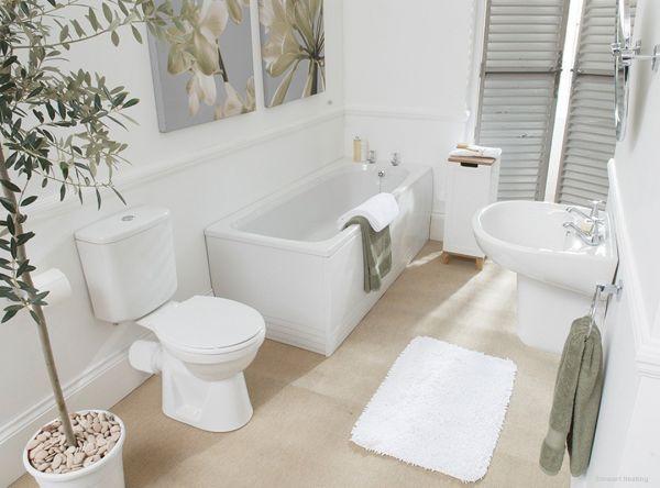 حمامات مودرن باللون الابيض