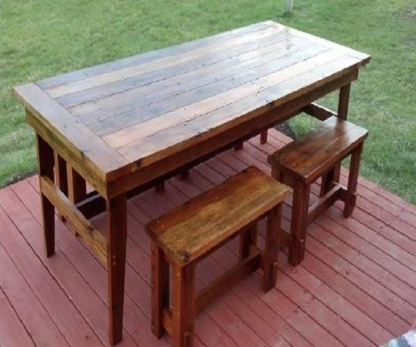 تصميم بسيط لطاولة حديقة