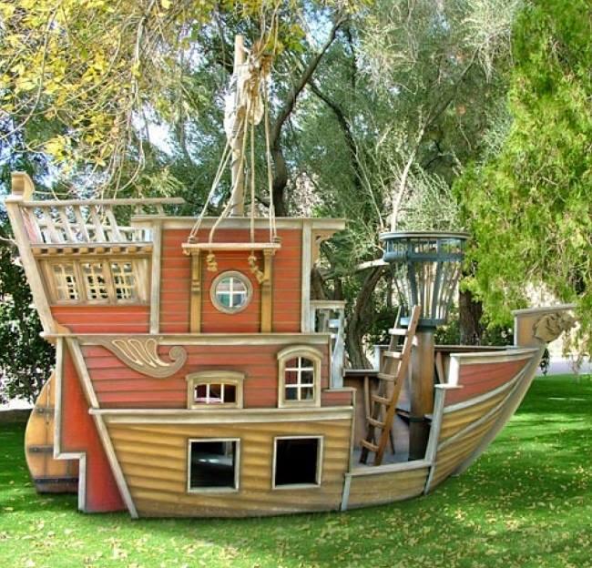 منزل العاب شكل سفينة