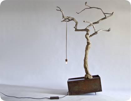 الشجرة المضيئة