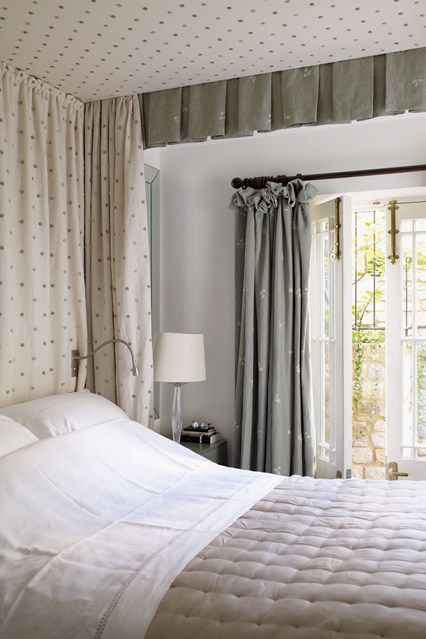 ديكور لغرفة نومك الصغيرة