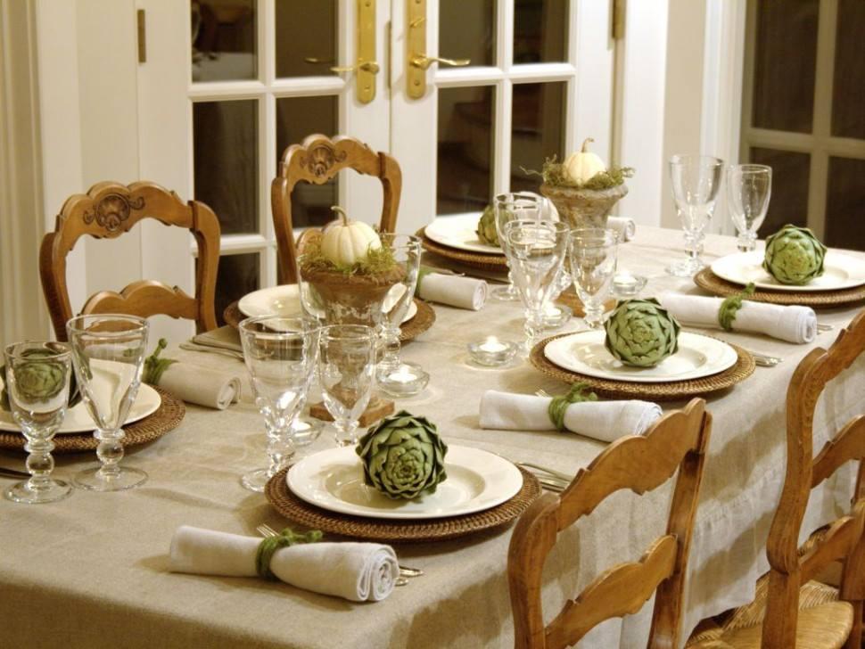 ترتيب طاولة الطعام