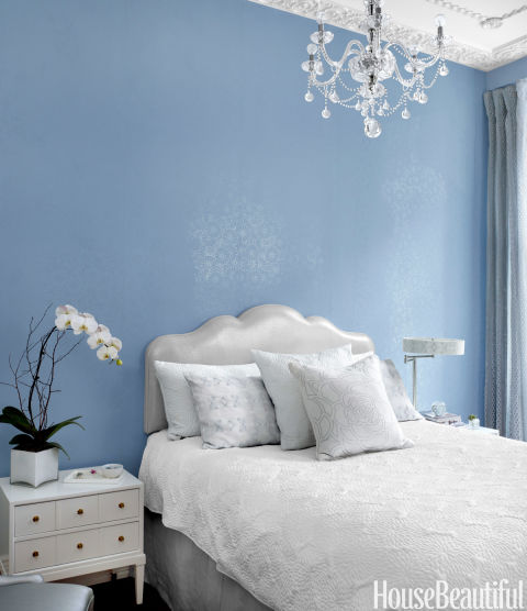 غرف نوم صغيرة المساحة