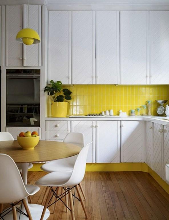 بلاط مطابخ باللون الاصفر