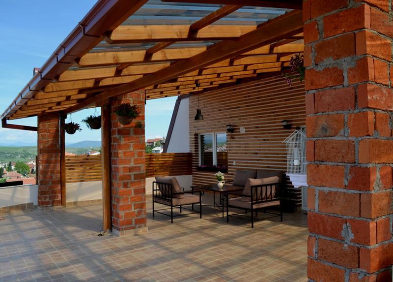 الشرفة الرائعة ل ديكورات بيوت