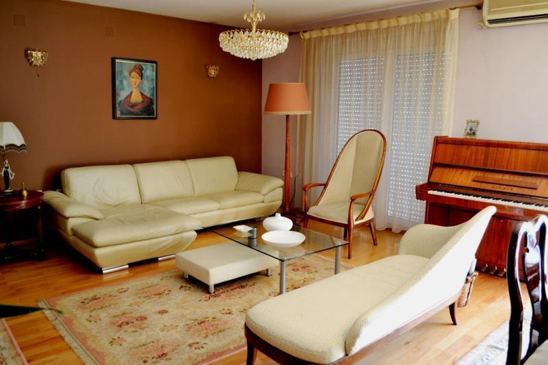 غرفة المعيشة لديكورات الشقق