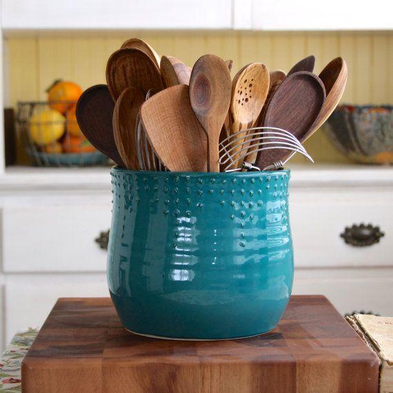 order-kitchen-utensils-pictures