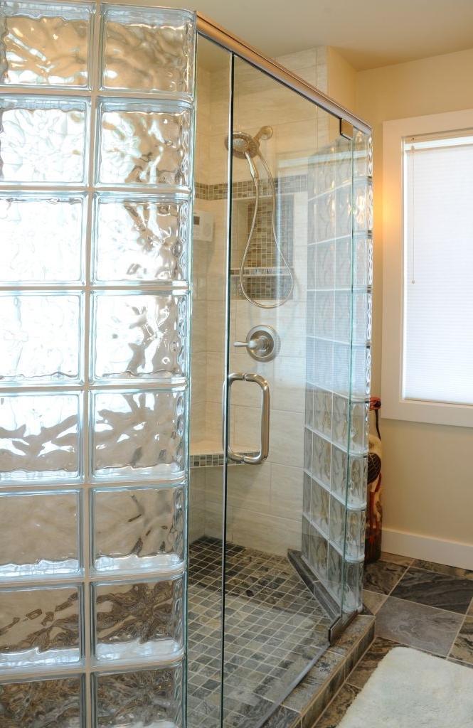 حمامات داخل غرفة النوم زجاجية