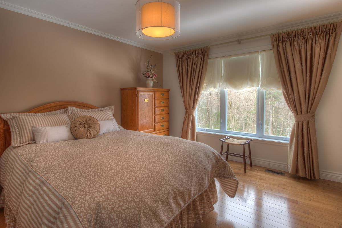 برادي غرف نوم بسيطة