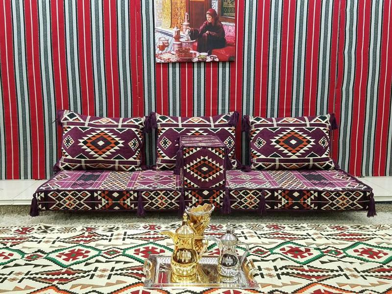 جلسات ارضية فخمة عربية للمجالس